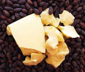 какао бобы и какао масло