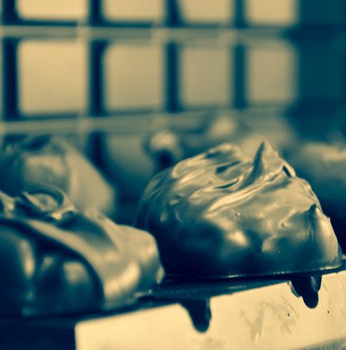 Чернослив в шоколаде MAYA